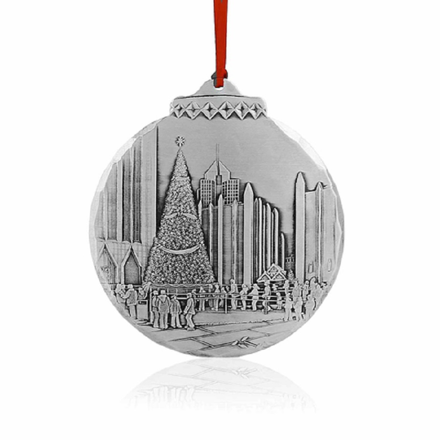 Image For Wendell August Skating at PPG Place Ornament